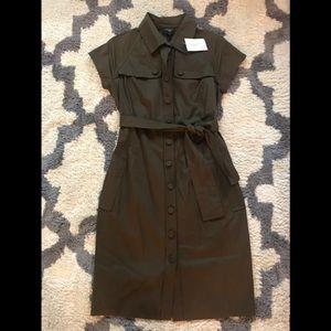 Button down tie dress never worn!